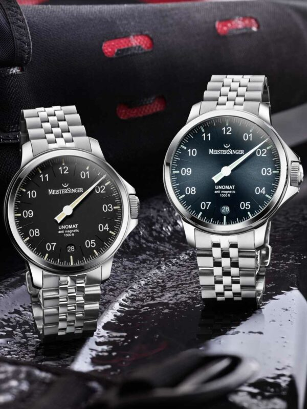 watch in two different colors.